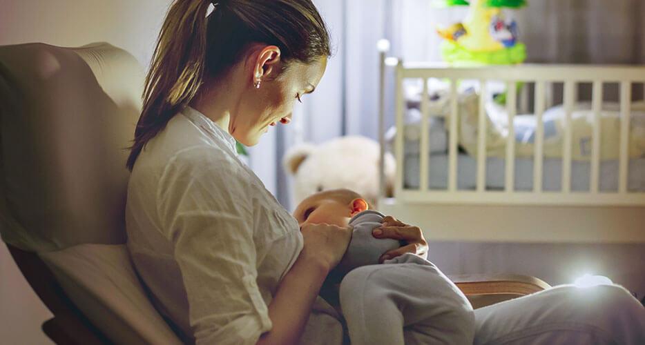 L'allattamento: il latte materno e i suoi benefici