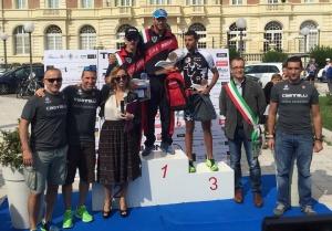 Manuel Biagiotti si aggiudica il podio, su 800 concorrenti, al Triathlon Cesenatico 2015